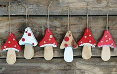 """Decoration """"Christmas mushroom"""" recycled wood to hang , Clay Christmas Decorations, Handmade Christmas, Christmas Tree Ornaments, Christmas Time, Christmas Crafts, Xmas, Holiday Decor, Wooden Crafts, Diy And Crafts"""
