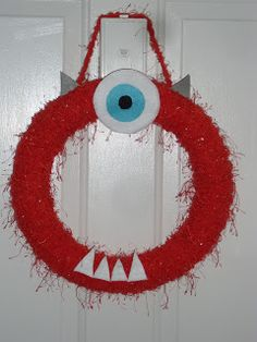 Halloween Monster Wreath, this is cute!