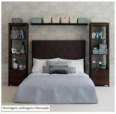 Foto: O que acham desta proposta: Em vez de simples criados- mudo, estantes ao lado da cama e prateleira acima do leito? Com certeza aumenta...