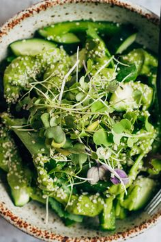 Super Green Detox Salad | Well and Full | #vegan #detox