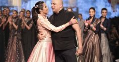 Tarun Tahiliani - Lakme Fashion Week - Day 4 - Look Lakme Fashion Week Website Indian Fashion Designers, Indian Designer Outfits, Indian Outfits, India Fashion Week, Lakme Fashion Week, Classic Outfits, Classic Clothes, Wills Lifestyle, Indian Clothes Online