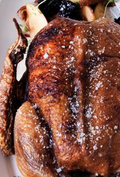 Andesteg: 3 tips til den perfekte andesteg Danish Christmas, Scandinavian Christmas, Christmas Fun, Best Christmas Recipes, Afternoon Tea, Poultry, Casserole, Good Food, Cooking