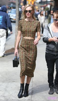 Kate Bosworth looking dreamy in NYC. That cut-out: perfection.