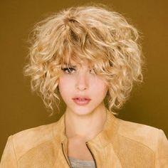 looks y estilos de moda coquetas ideas para pelo corto ondulado en este