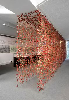 Rebecca Louise Law-England- – journey through the art of the world - DIY Event Diy Wedding, Dream Wedding, Desi Wedding Decor, Garden Wedding, Decoration Evenementielle, Deco Floral, Art Floral, Flower Wall, Event Decor