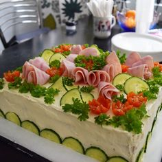 Sandwich Cake Open Faced Sandwich, Salty Foods, Sandwich Cake, Swedish Recipes, Food Decoration, Charcuterie, Food Art, Bakery, Food And Drink