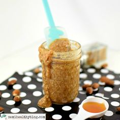 make-your-very-own-almond-butter-all-drippy-and-delicious.-via-@semihealthnut-at-semihealthyblog.com-2