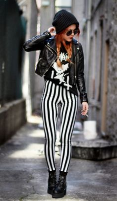 If my legs looked like that I would rock leggings!! But they don't :/
