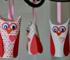 Click Pic for 30 Valentines Day Kids Crafts - Paper Roll Owls - DIY Valentines Crafts, change the color scheme to fit in w fall. Valentine's Day Crafts For Kids, Valentine Crafts For Kids, Be My Valentine, Holiday Crafts, Holiday Fun, Homemade Valentines, Valentine Gifts, Toilet Paper Roll Crafts, Paper Crafts