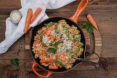 Ratatouille á la Remy von Callista Zucchini Lasagne, Ratatouille, Chutney, Paella, Mozzarella, Food And Drink, Dinner, Ethnic Recipes, Grill