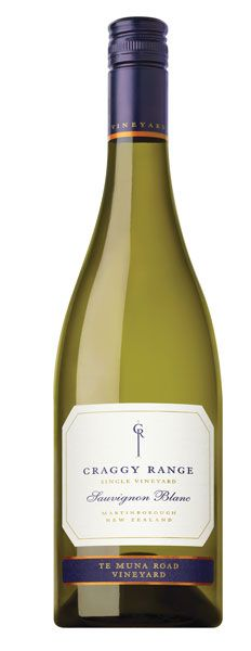 Craggy Range Sauvignon Blanc boasts fresh aromatics of white flowers, jasmine, nectarine and lime. The palate is rich and complex with an array of tropical  fruits, refreshing acidity and a long chalky finish. This wine pairs well with aperitifs,  seafood and poultry. - Winemaker's Notes