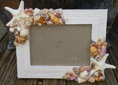 Coastal Cottage Chic Seashell White Starfish Frame Smooth Beach Shells Rustic Crackle Chippy Finish Style Nautical Home Decor - 2019 Muscheln Kreativ - amazing craft Beach Cottage Style, Coastal Cottage, Coastal Homes, Beach House Decor, Coastal Style, Cottage Chic, Coastal Decor, Home Decor, Coastal Living