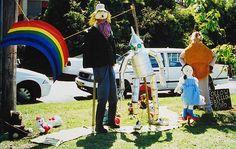 Wizard of Oz Scarecrow Idea Scarecrows, Wizard Of Oz, Yards, Tv Shows, Yard, Gardens, Courtyards, Tv Series