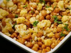 Hyvän mielen ruokia - At Maria's I Love Food, Good Food, Joko, Chana Masala, Vegetarian Recipes, Food And Drink, Menu, Vegan, Vegetables