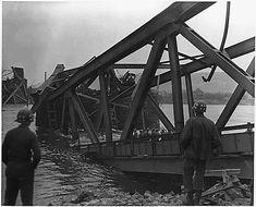 Le 17 Mars 1945 aprés l' 'éffondrement