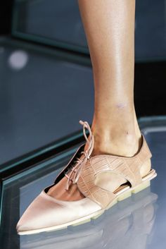 Balenciaga Spring 2015 Ready-to-Wear - Details - Gallery - Look 9 - Style.com