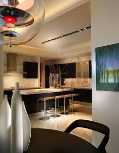 modern kitchen by Pepe Calderin Design- Miami Modern Interior Design Style At Home, Interior Design Kitchen, Interior Decorating, Casa Clean, Decoration Inspiration, Cuisines Design, Beautiful Kitchens, Home Kitchens, Living Spaces