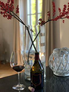 Gutes Essen und guten Wein - Inspirationen findest du auf meinem Liefstyle Blog Fine & Shine! Red Wine, Alcoholic Drinks, Trends, Inspiration, Glass, Blog, Good Food, Biblical Inspiration, Drinkware