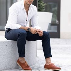 Gorgeous 40 Lovely Work Outfit Ideas For Men To Try Best Business Casual Outfits, Business Attire For Men, Formal Dresses For Men, Formal Men Outfit, Mode Masculine, Zalando Style, Black Tie Attire, Mens Fashion, Fashion Outfits