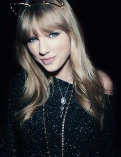 sleek shiny hair :: Taylor Swift