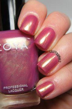 Smalto Zoya Reece nail polish #zoya