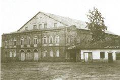 Theatro São José (o primeiro) - O mais importante teatro de São Paulo no século XIX, foi inaugurado em 1864 no Largo de São Gonçalo, atual Praça Doutor João Mendes. Comportava 1 200 espectadores. Às vésperas do Carnaval de 1898, um incêndio destruiu o teatro.