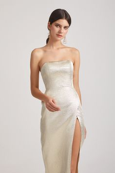 Customer review: I am very pleased with my purchase. #Alfabridal #bridesmaiddresses #metallicdress Inexpensive Bridesmaid Dresses, Knee Length Bridesmaid Dresses, Affordable Bridesmaid Dresses, Tea Length Dresses, Short Dresses, Formal Dresses, Bridesmaid Inspiration, Metallic Dress, Floral Chiffon