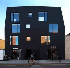 Дом на Ада Стрит (House on Ada Street) в Англии от Amin Taha Architects.