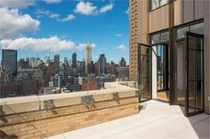 See 10 New York apartments whose enviable interiors are only rivaled by their incredible outdoor spaces. New York Apartments, Nyc Real Estate, Backyard, Patio, Dream Apartment, Real Estate Services, Future House, Outdoor Spaces, Beautiful Homes