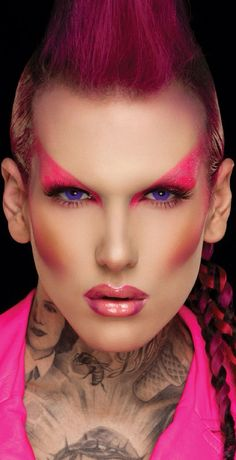 Ziggy Stardust, Glam Rock, Jeffree Star Makeup By Scott Barnes on Beautiful Makeup Photos 8034 Rock Star Makeup, Glam Rock Makeup, 80s Glam Rock, Punk Makeup, 70s Glam, 80s Makeup, Male Makeup, Glamour Makeup, Models Makeup