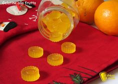 Caramelle gelatine fatte in casa ricetta facile il chicco di mais Sweets Recipes, Baby Food Recipes, Desserts, Beautiful Fruits, Winter Food, Food Gifts, Cooking Time, Italian Recipes, Kids Meals