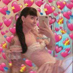 New memes apaixonados melanie Ideas Melanie Martinez Memes, Crybaby Melanie Martinez, Cry Baby, Adele, Billie Eilish, Shawn Mendes Memes, Sending Love And Light, New Memes, She Song