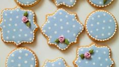 Baking Royal icing is magic when you're decorating cookies. If you want to make dots or pearl borders, royal icing's your go-to. If you want to create a painterly look, royal icing can do that, too. Royal Icing Cookies, Sugar Cookies Recipe, Borderlands, Basic Cookies, Cookie Decorating Party, Chocolate Crinkles, Christmas Cookies, Valentine Cookies, Easter Cookies