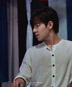 Voice Kdrama, Mens Tops, T Shirt, Korean, Fashion, Supreme T Shirt, Moda, Tee Shirt, Korean Language