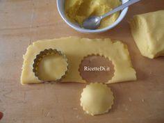 09_biscotti_ripieni_al_limone Dairy, Cheese, Desserts, Food, Tailgate Desserts, Deserts, Essen, Postres, Meals