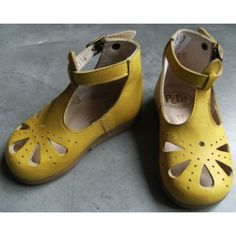 these might be some of the cutest shoes I have ever seen...  [Pepe]