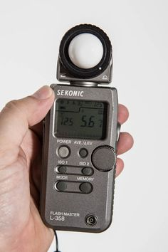 Light Meters Still Matter - Digital Photo Magazine Camera Photography, Photography Tips, Product Photography, Film Camera, Camera Lens, Home Photo Studio, Light Meter, Camera Obscura, Nikon Dslr