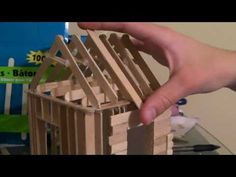 Ice Cream Stick House Tutorial how to build a popsicle stick house - roofing part Craft Stick Projects, Craft Stick Crafts, Wood Crafts, Diy And Crafts, Crafts For Kids, Popsicle Stick Houses, Popsicle Stick Crafts, Popsicle House, Pop Stick