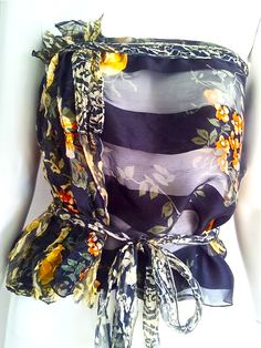 Hand made top with a refashioned vintage silk scarf https://www.etsy.com/it/listing/232458746/top-ottenuto-da-una-sciarpa-vintage-in?ref=shop_home_active_1