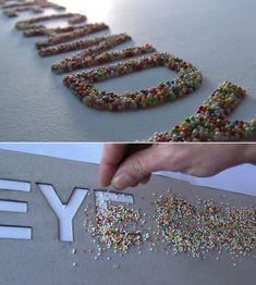 Tipografías experimentales, diferentes y creativas | Singular Graphic Design Food Typography, Creative Typography, Typography Letters, Typography Design, Typography Inspiration, Graphic Design Inspiration, Types Of Lettering, Hand Lettering, Experimental Type