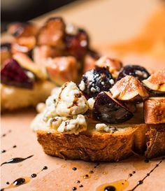 Avalon Arrives in Alpharetta - Atlanta Magazine You can count me in for this fig dish at Cru! Airport Restaurants, Avalon Alpharetta, Cru Wine, Premier Wine, Airport Food, Atlanta Eats, Wine Offers, Fine Wine