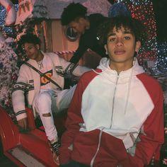Greg RS ~ Follow Greg RS on Pinterest ~Pin-master ~ElRey ♾✨ ~ @randomlifestyle #gucci Fine Boys, Fine Men, Beautiful Boys, Pretty Boys, Gorgeous Men, Black Boys, Black Men, Papi, Cute Guys