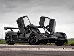 The Ultima GTR is the automotive equivalent of raw, uncut heroin. It's offered by the factory as either a turn-key supercar or as a kit car, that Gtr Car, High Performance Cars, Car Sketch, Car Makes, Car Engine, Koenigsegg, Kit Cars, Exotic Cars, Cars And Motorcycles