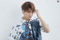 The pictorial shooting of SEVENTEEN in welcoming the spring season! #Mingyu
