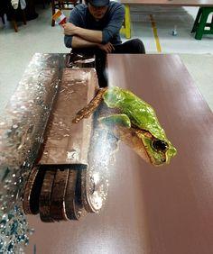 Final progress^^ #김영성 #극사실 #하이퍼리얼리즘 #그림 #서울모던아트쇼 #미술관 #극사실주의 #개구리 #미술 #현대미술 #YoungsungKim #ykim #Hyperrealism #hyperrealistic #oil #painting #drawing #contemporary #art #handpainted #environment #frog #snail #insect #goldfish #animal #sculpture #museum #artgallery #seoulartscenter