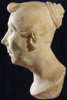 Tutulus hairstyle   Hair - Roman   Roman hairstyles, Roman