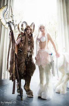 Good versus evil. Fighting for evil is Lightning Cosplay and a faun warrior. her rival is cosplayer Maja Felicitas as a zentaur.
