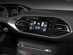 The new Peugeot 308 i-cockpit: the automatic air conditionning in a inch touchscreen Car Ui, Dashboard Car, Dashboard Design, Car Interior Design, Interior Design Singapore, Automotive Design, Interior Concept, Cafe Interior, Interior Paint