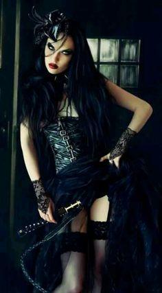 Salutations kissiennes. - Page 32 A9c5c6d40f702c31ea17f27093d01c72--gothic-beauty-dark-beauty