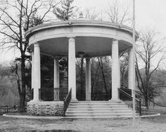 Irvine Park Band Shell in 1930. Courtesy of the Wisconsin Historical Society.